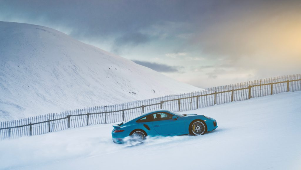 Porsche 911 Turbo S King Of The Hill (2)