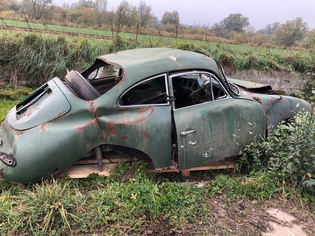 Porsche 356 Left To Rot
