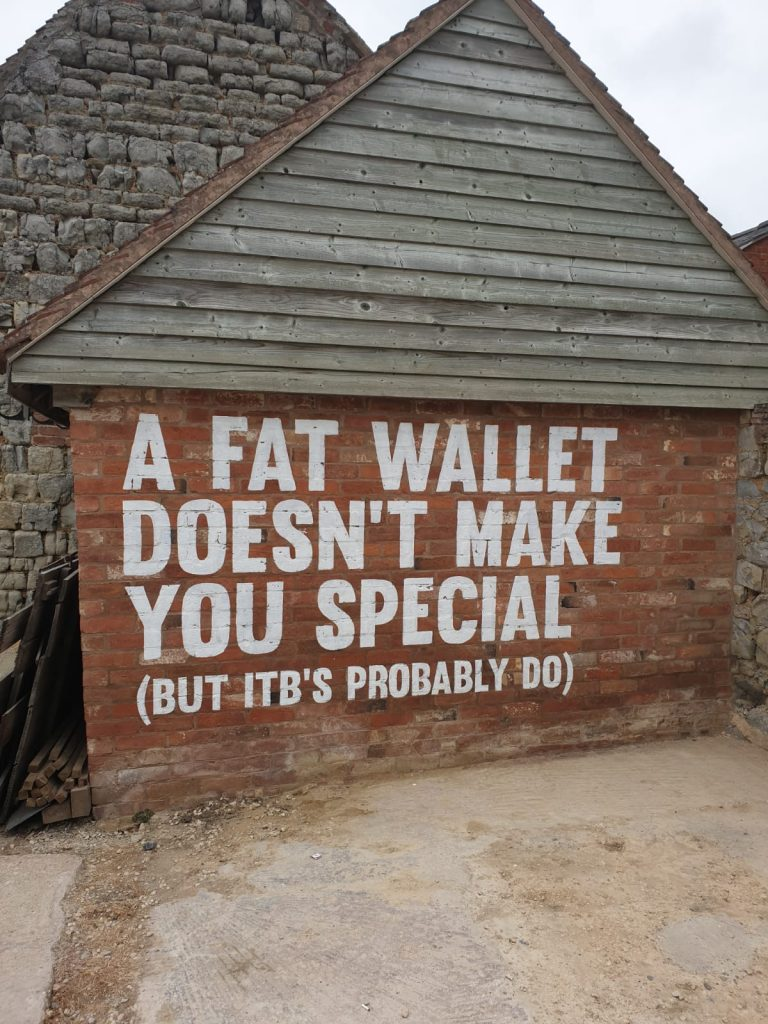 Caffeine & Machine - a fat wallet doesnt make you special