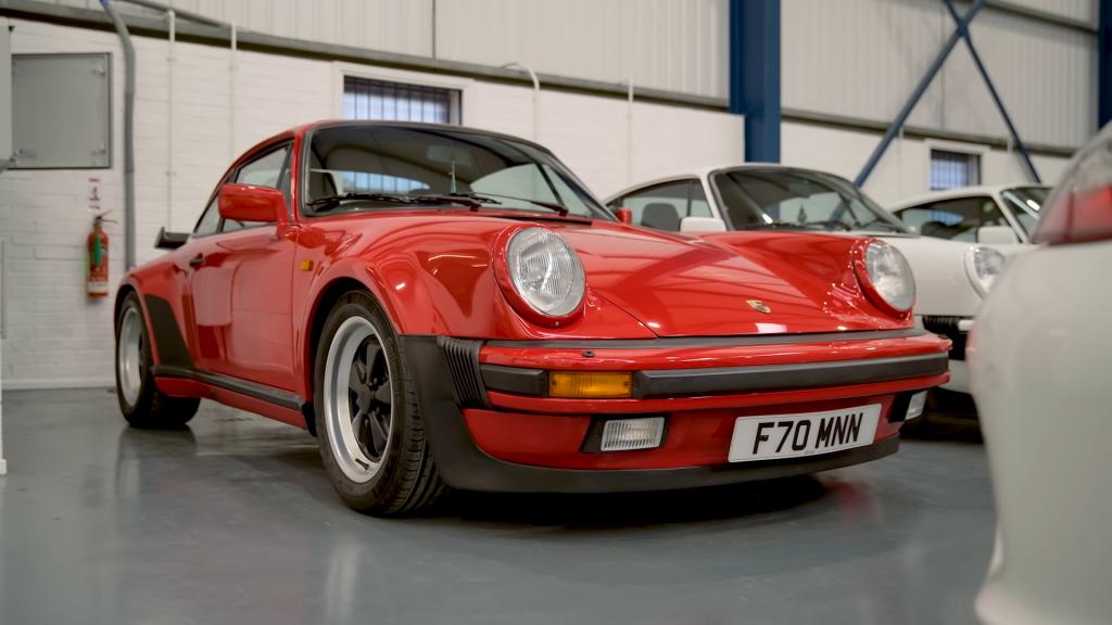 Chris Harris introduces The Leonard Porsche 911 930 Turbo